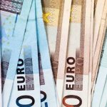 Σε θετική τροχιά η ελληνική οικονομία