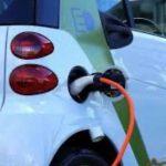 Η ηλεκτροκίνηση στο επίκεντρο. για τη μετάβαση της αυτοκινητοβιομηχανίας στην περίοδο μηδενικών εκπομπών