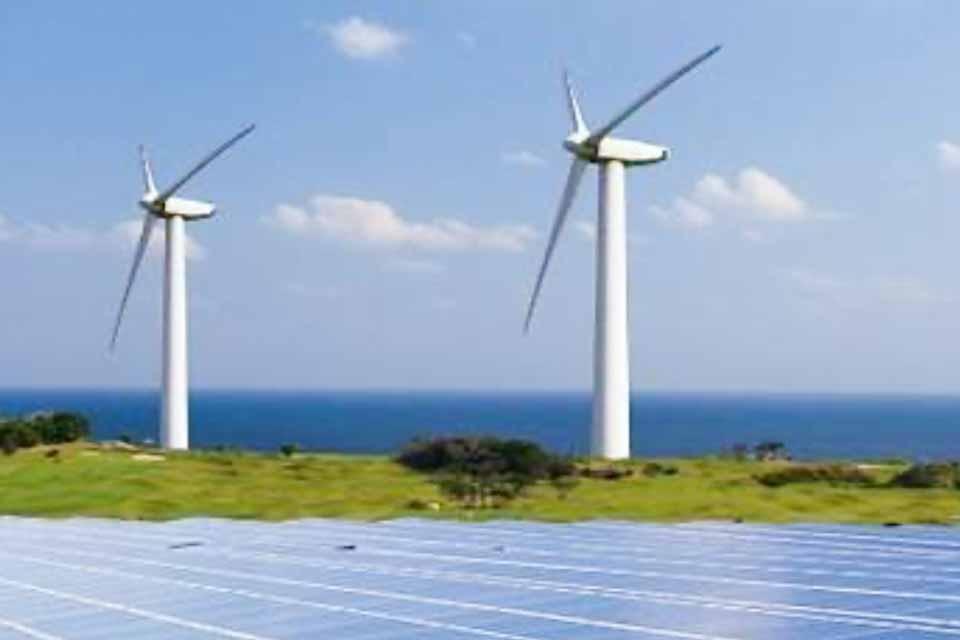 Εξέλιξη που διευκολύνει την πληρωμή των παραγωγών «πράσινης» ενέργειας