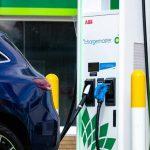 Η ηλεκτροκίνηση αποτελεί ένα μεγάλο στοίχημα για τις αυτοκινητοβιομηχανίες και τις κυβερνήσεις