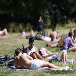 Βρετανός υπ. Υγείας: Κερδίζουμε τη μάχη κατά του κορονοϊού